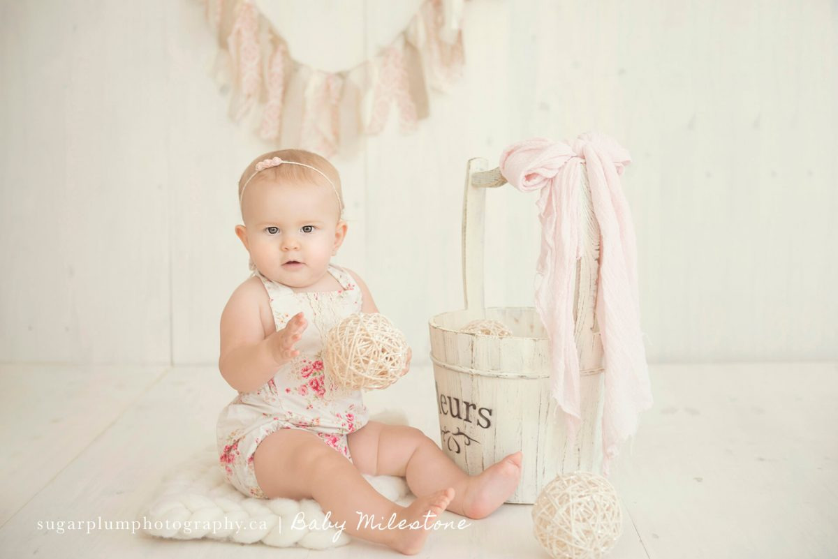 Baby milestone sitting photo