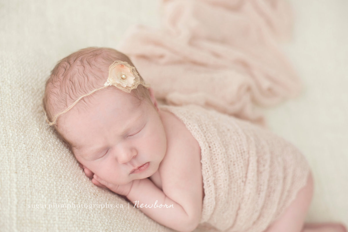 Newborn face feature from side pose